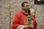 Papa: seguir o caminho da Cruz para vencer as seduções do mal